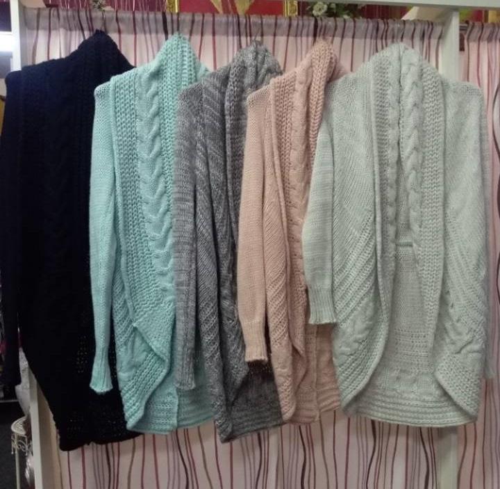 svetry - aktuální módní trendy