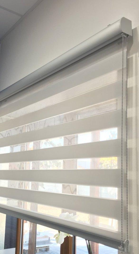 Rolety den a noc, látkové okenní rolety - chytré zastínění oken
