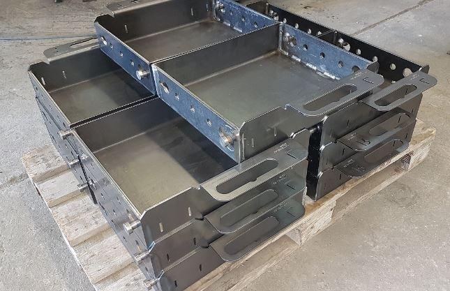 Svařované konstrukce, ocelové svařence, rámy strojů