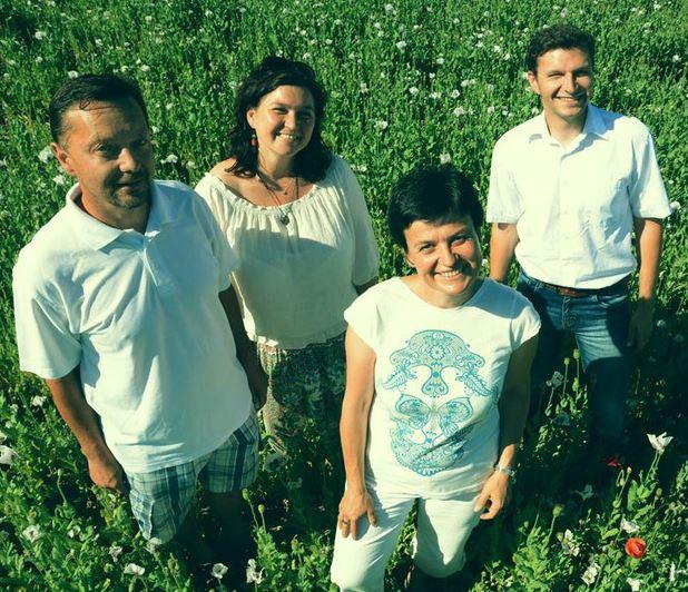 Návrhy, realizace, údržba vesnické zeleně - trvalkové záhony, sady, aleje