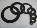 Sériová, zakázková výroba těsnění z plošných materiálů - průmyslové těsnění z pryže, silikonu, klingeritu