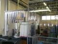 Lamelový závěs ve výrobní hale