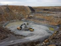 Těžba a úprava jílů, jíly žáruvzdorné, studnařské, točírenské hmoty pro keramiku