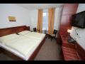 Wellnes hotel v Krkonoších, ubytování, vlastní sjezdovka a vlek, Pec pod Sněžkou