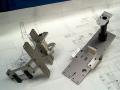 Montážní, testovací, svařovací a balicí linky pro automobilový průmysl, automatizace