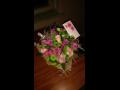 Diskrétní kurýr předá objednanou kytici