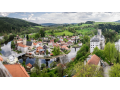 Rožmberk nad Vltavou, město s bohatou historií, gotickým hradem i centrem vodácké turistiky