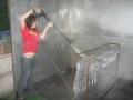 Tryskání, otryskávání, povrchová úprava kovů a kovových dílů.