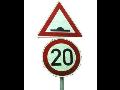 Dopravní značky a zařízení pro trvalé značení - prodej včetně zajištění instalace
