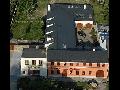 Muzeum - Penzion - Cukrárna U Veterána