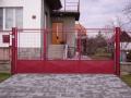 Vrata a brány z ocelových polotovarů s kvalitní povrchovou úpravou