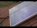 Solární systémy - solární kolektory pro ohřev vody v domácnosti nebo přitápění