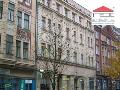 Zprostředkování pronájmu i prodeje obchodních prostor, kanceláří, výrobních hal i skladů v okolí Brna a Ostravy