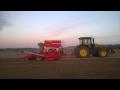 Zemní jarní práce zemědělskou technikou Opava