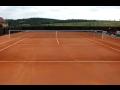 Výstavba vnitřních i vnějších tenisových kurtů s kvalitním sportovních povrchů