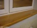 Výroba, dovoz a montáž okenních doplňků – parapetů, rolet, sítí proti hmyzu a žaluzií