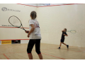 Squashová škola pro děti s kvalifikovanými a zkušenými trenéry