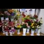 Květinářství, řezané květiny a vazba květin -  čerstvé rostlinky a ...