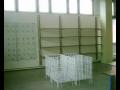 Drátěný program pro vybavení interiérů, obchodů, firemní stojany na prezentaci reklamních materiálů