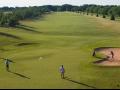 Golfové hřiště v Mladé Boleslavi, 18-ti jamkové, s ubytováním, možnost výuky golfu a pronájmu vybavení