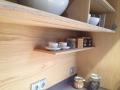 Výroba kvalitního nábytku a designových interiérů z přírodního dubu na míru