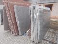 Prodej kamenných desek Opočno - kamenické výrobky z našich skladových zásob