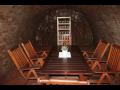 Přijďte si posedět do vinného sklípku a vyzkoušejte ochutnávku vín Mikulov
