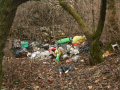 Úklid černých skládek včetně odvozu odpadu