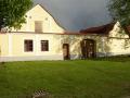 Vesnice Zálší, obec v malebné chráněné krajině Borkovických blat v jižních Čechách