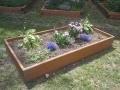 Atraktivní a moderní vyvýšené záhony nejen na městské zahrady z tvrdého ...