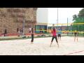 Pro milovníky plážového volejbalu je k dispozici venkovní beachvolejbalový kurt