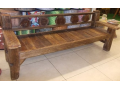 Zprostředkování nábytku z teakové dřeva pro milovníky originálního bydlení