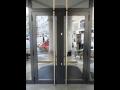 Prodej a montáž odolných a snadno udržitelných hliníkových vchodových dveří