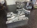 Zakázková a prototypová výroba kovových a nekovových forem a dílů na moderních CNC
