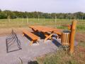 Výroba a dodávka dřevěného mobiliáře – informační tabule, lavičky