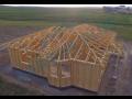 Výroba a montáž stěnových panelů na dřevostavby – rychle postavená hrubá stavba domů na klíč