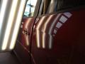 Metoda PDR je rychlá a levná oprava důlků a promáčklin na karoserii vozu bez nutnosti lakování