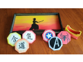 Výroba netradičních dárků - malované podnosy, krabičky a jiné ruční práce