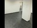 Pokládka betonových podlah s vysokou odolností při zatížení v průmyslových skladech a halách