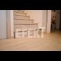 Polep, obklad schodů vinylem, vinylové schody a podlaha ve stejném designu
