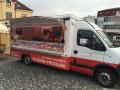 Pojízdná prodejna s čerstvým masem a uzeninami, pravidelné farmářské trhy