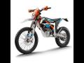 Půjčovna elektrických motocyklů - luxusní motorky i pro řidiče od 15 let