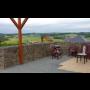 Stabilní gabionové konstrukce Opava, vyskládané kamenné zdi dokonale utlumí venkovní hluk