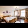 Ubytování v hotelu Šumava Vyšší Brod, stylová restaurace, zabezpečené parkoviště i pro motorky