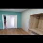 Zakázková výroba a montáž interiérových dveří s atypickými rozměry, které šetří prostor