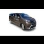 Zapůjčení komfortního minibusu Toyota Proace Kombi pro devět cestujících s klimatizací