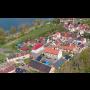 Klidná obec Píšťany při řece Labe v Ústeckém kraji