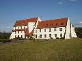 Školící středisko Šlovice - nabídka ubytování - pořádání svatebních hostin a firemních večírků