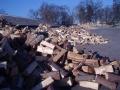 Dřevo na topení krbové i palivové, štípané dřevo, dovoz na místo určení