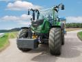 Dv� traktorov� novinky leto�n�ho podzimu - PEKASS a.s.